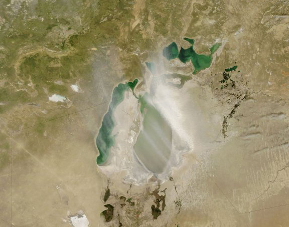 Dust storm over the Aral Sea and Moynaq, 2007